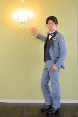 白のエナメル靴レンタルは東京青山の大人ウェディング.com青山サロン