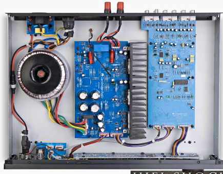 Topaz AM10、内部