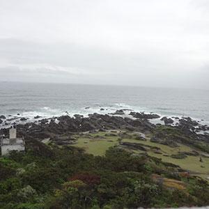 野島埼灯台の展望デッキから見る房総半島最南端