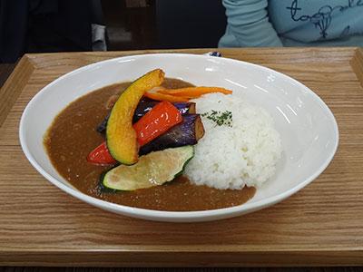 「農家食堂」の野菜カレー