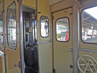 小湊鐵道の運転席