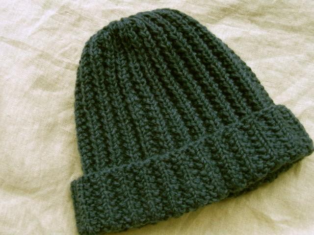 秋冬にピッタリ!無料の編み図で可愛いベレー帽を …