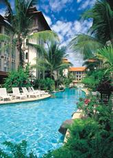 サヌール・パラダイス・プラザ・ホテルのプール