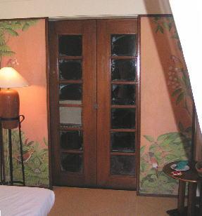 グランド・ミラージュの窓