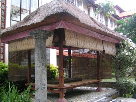 バリ島 サヌール・パラダイス・プラザのマッサージ用ガゼボ