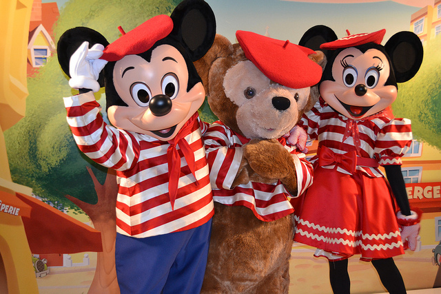 ディズニーランドパリのミッキーとダッフィー