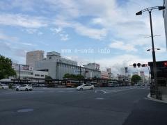 広島駅前景色