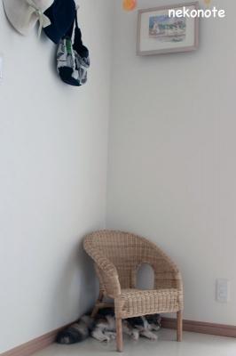 IKEAの籐椅子