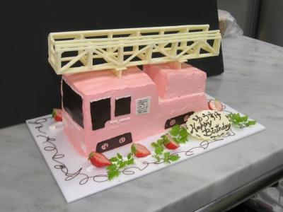 消防車、はしご車のケーキ