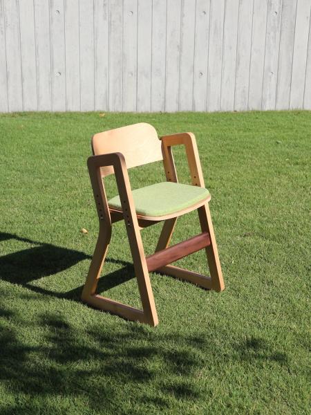 子ども椅子の新作