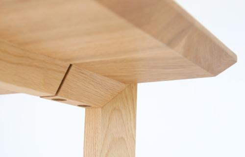 ソリドメテーブル