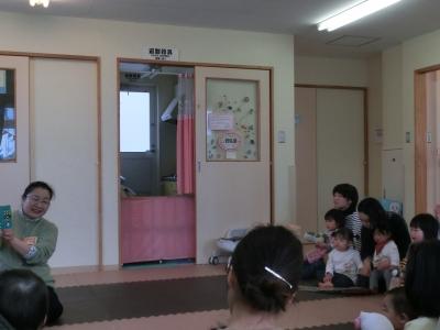 1803よみきかせ (1).JPG