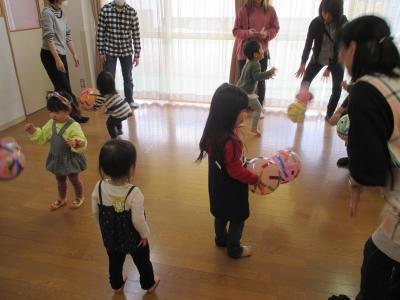 2002パパ 風船ボール (2).JPG