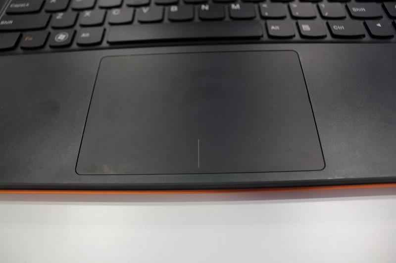 IdeaPad U300sのタッチパッド