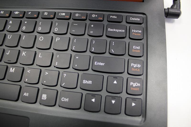 IdeaPad U300sのキーボード Enterキー周り