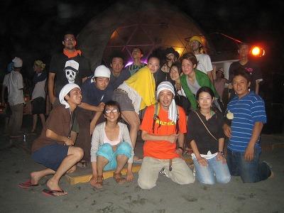 名古屋から遠征してきたメンバー全員の集合写真。(笑)