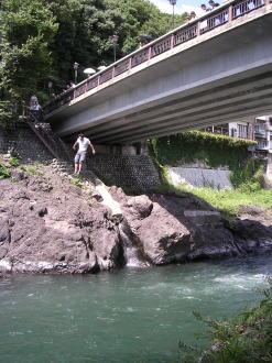 新橋からの飛び込み