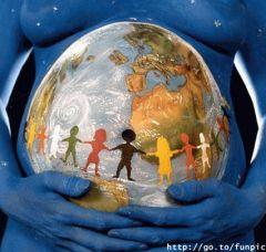 地球の妊婦