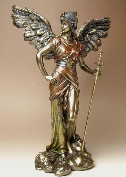 大天使ガブリエル像