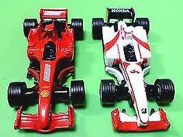 息子がキープしてる、フェラーリ&SAF1です!
