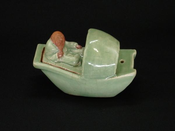 七官青磁 船人物香炉 明時代 中国陶器 骨董