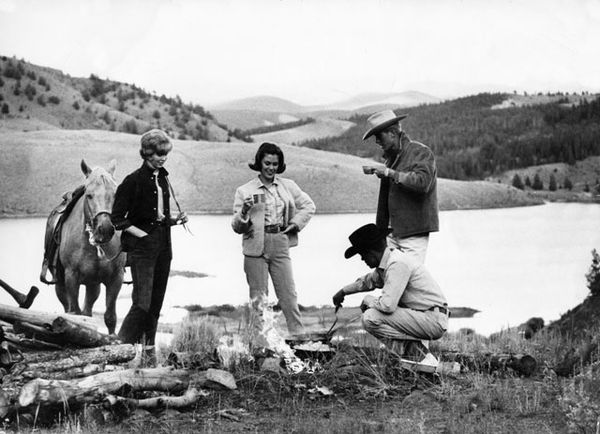history-bonfire-at-pond[1].jpg