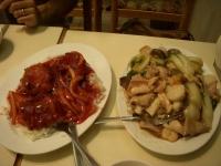 海鮮揚げそばと牛肉の真っ赤なスペシャルソース丼