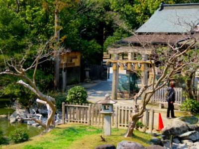御苑厳島神社