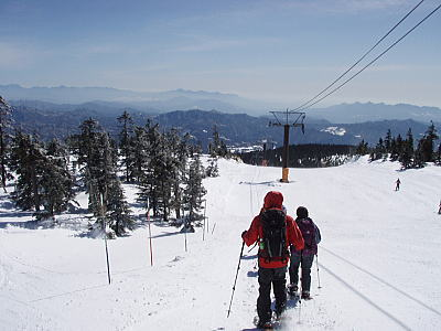 スキー場を歩く