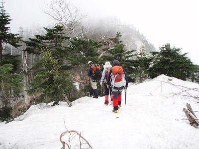 山頂に向けて出発