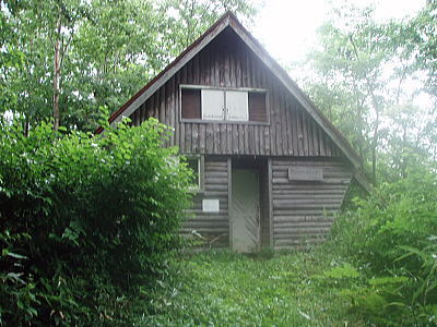 シナノキ避難小屋