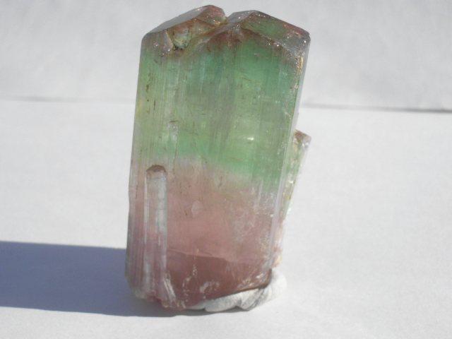 バイカラー・トルマリン結晶-1