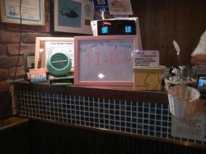 本日1ドル82円