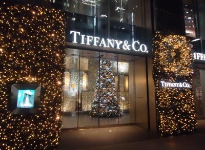 銀座 TIFFANY&Co. ティファニーのクリスマスツリー