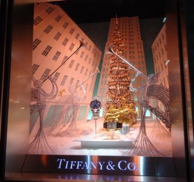 銀座 TIFFANY&Co. ティファニーのクリスマスディスプレイ