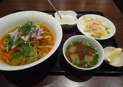 赤坂 タイ料理「ANANDA アナンダ」カオソーイ