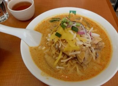 タイ料理「バンコクキッチン 赤坂店」カオソイガイ
