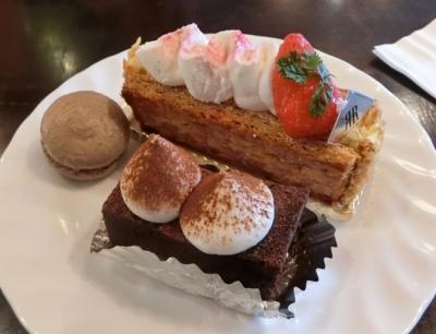リーガロイヤルホテル大阪 クラブフロア宿泊 ラウンジ アフタヌーンティー ケーキ