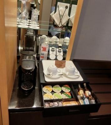 リーガロイヤルホテル大阪 クラブフロア ザ・プレジデンシャルタワーズ ダブルルーム 部屋コーヒーマシン