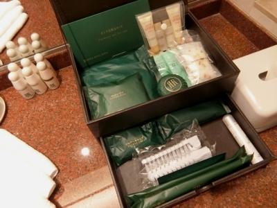 リーガロイヤルホテル大阪 クラブフロア ザ・プレジデンシャルタワーズ ダブルルーム部屋アメニティ