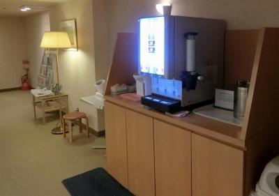 リーガロイヤルホテル大阪 プール更衣室リラクゼーションルーム フリードリンク