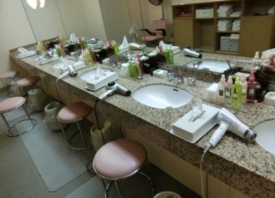 リーガロイヤルホテル大阪 プール更衣室 洗面台
