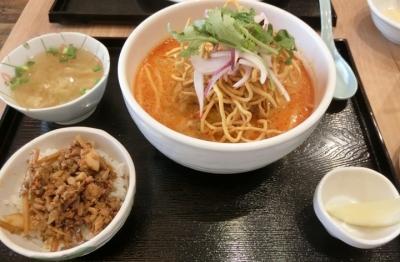 御成門/新橋 タイ料理「Asiatique アジアティーク」カオソーイ