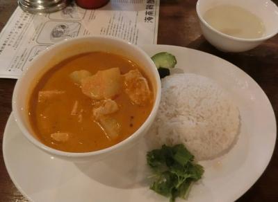 海南鶏飯食堂 麻布店 ランチカレー