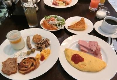 グランドハイアット東京「The French Kitchen フレンチキッチン」朝食ブッフェ オムレツ