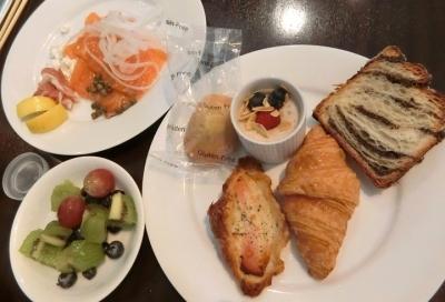 グランドハイアット東京「The French Kitchen フレンチキッチン」朝食ブッフェ パン