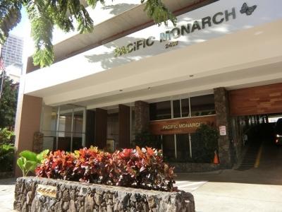 ハワイ AQUA PACIFIC MONARCH アクアパシフィックモナーク 入口