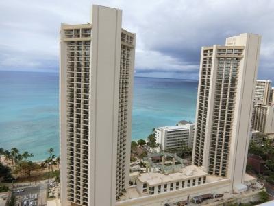 ハワイ「アクア パシフィック モナーク Aqua Pacific Monarch」プール眺望