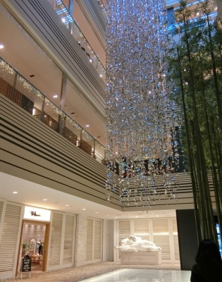 東京ミッドタウン クリスマス ロンハーマンサンタクロース