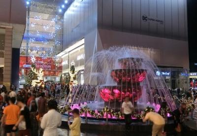 マレーシア クアラルンプールのクリスマスイルミネーション 2017 パビリオン